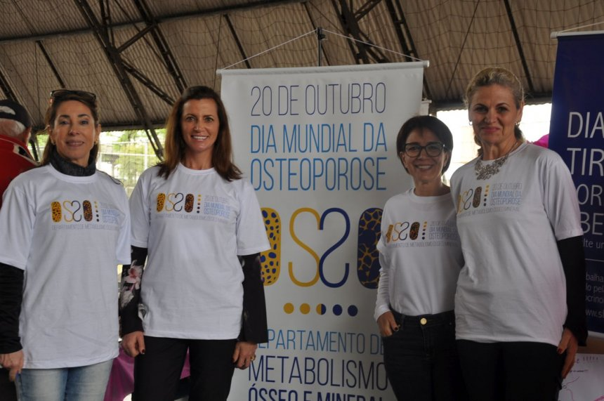Dras Gleyne Biagini, Victoria Borba, Silmara Leite e Carolina Aguiar Moreira (Tatiana de Oliveira)